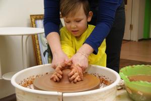 Занятия лепкой из глины с детьми